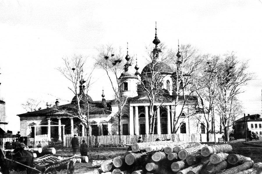 Воскресенский храм Ловцы 1