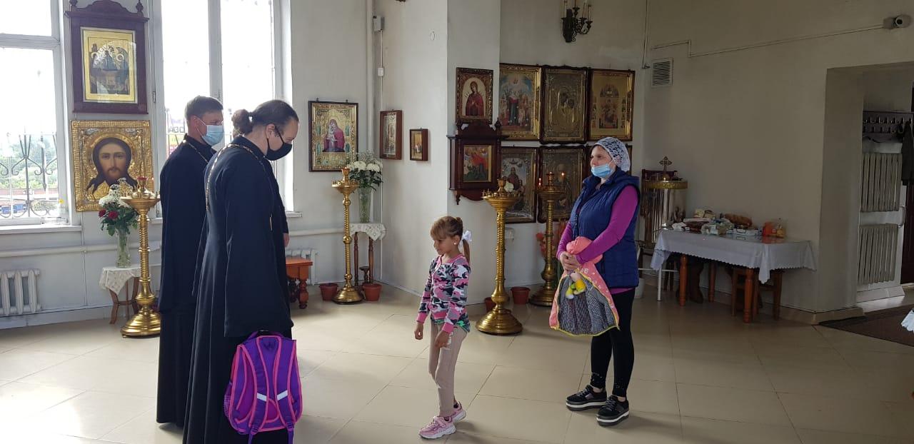 Акция «Соберем детей в школу» в Луховицком благочинии