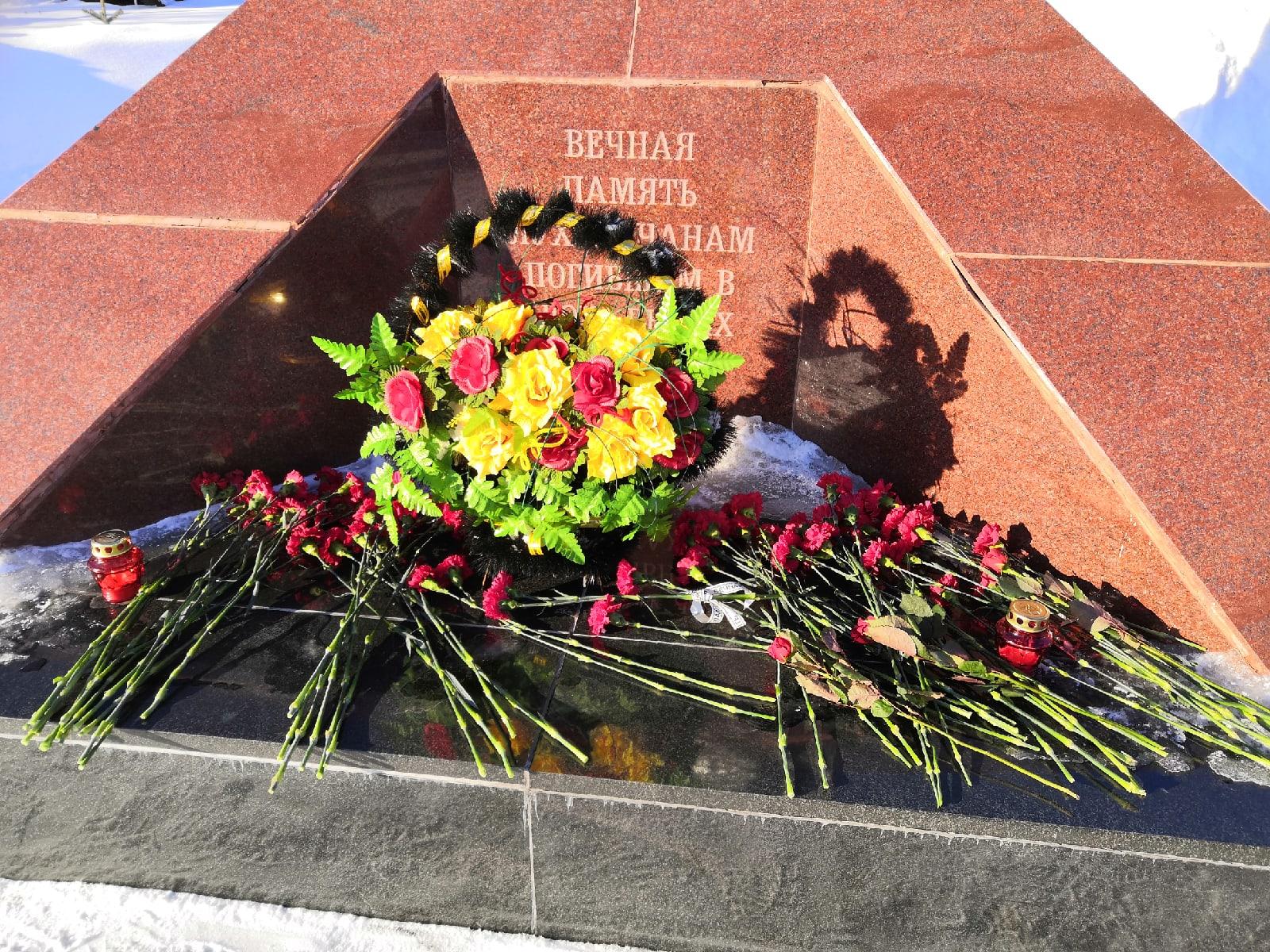 Митинг памяти луховичан погибших в локальных конфликтах