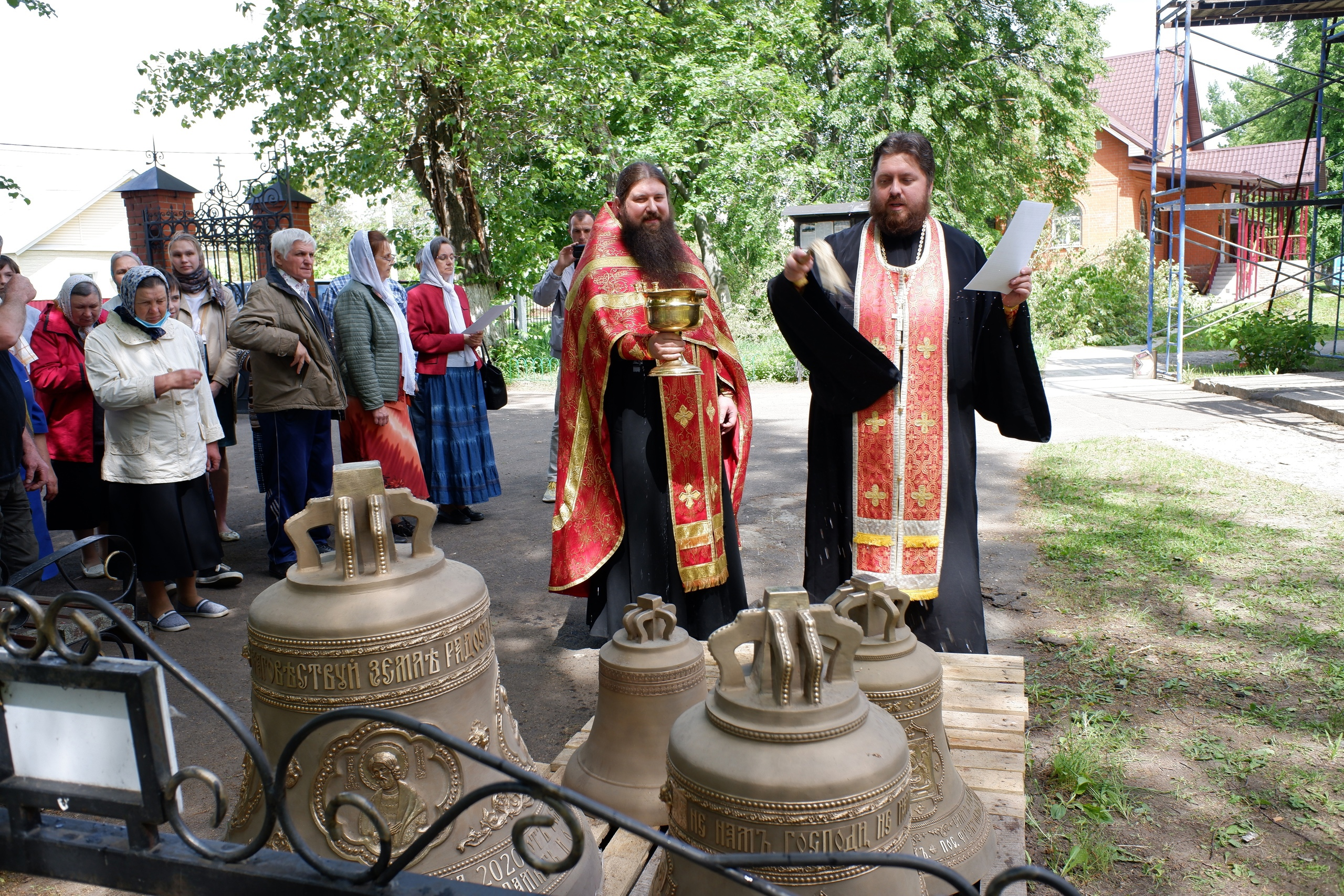Освящение колоколов в Преображенском храме пос. Фруктовая